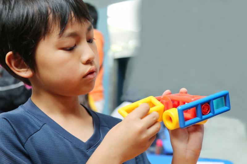 子どものプログラミング遊びを通して論理的な思考力も身につきます