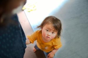 赤ちゃん 歳 特徴 1 障害 発達